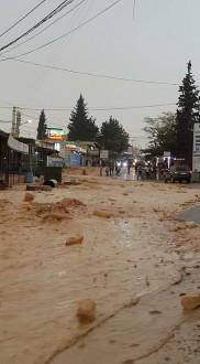 مع أول زخّات المطر.. قرى البقاع تغرق بالفيضانات