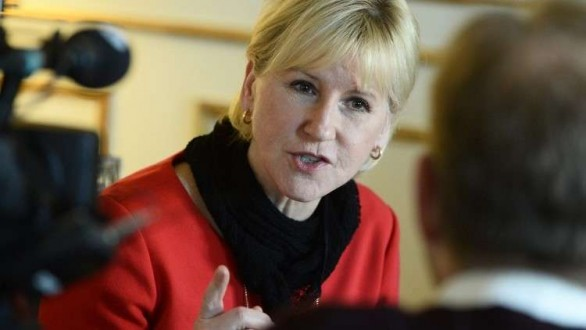 وزيرة خارجية السويد: لرفع المعناة الإنسانية عن اليمنيين