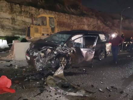 حادث سير مروّع على أوتوستراد الجنوب- برج رحال وسقوط 3 جرحى
