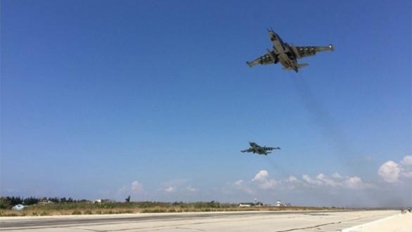 مراسل ملحق: الطيران الحربي الروسي يشن غارات على عدة مدن و بلدات غربي حلب