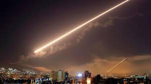 مراسل ملحق: الدفاعات الجوية السورية تنطلق باتجاه أجسام غريبة فوق دمشق