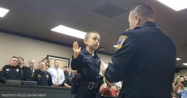 أصغر ضابطة شرطة بالعالم