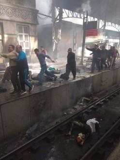 2b7794e11 بالفيديو والصور.. قتلى وجرحى اثر اندلاع حريق بمحطة قطارات القاهرة ...