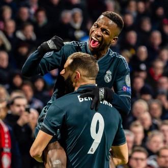 ريال مدريد يتخطى أياكس بصعوبة ويقترب من ربع نهائي دوري أبطال أوروبا