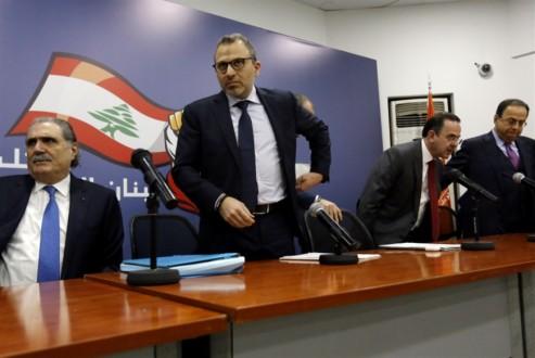 السعودية تفشل في «تهريب» سوريين إلى لبنان