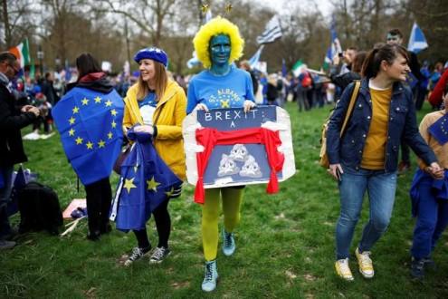 Brexit : manifestation monstre à Londres pour exiger un nouveau référendum