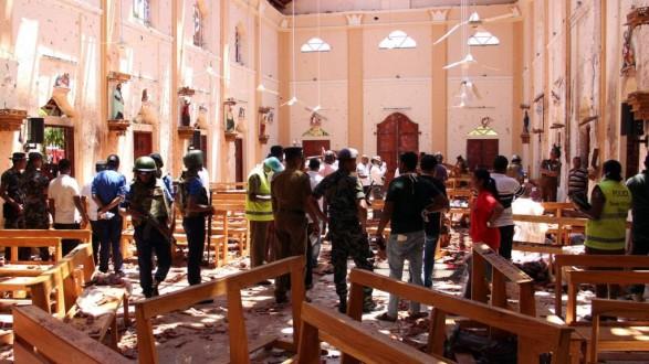 ارتفاع عدد ضحايا تفجيرات سريلانكا إلى 290 قتيلا و500 جريح