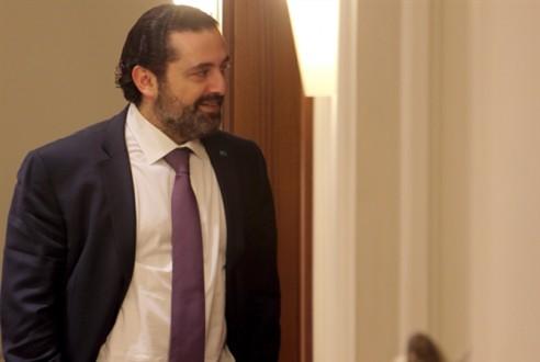 ورقة الحريري: خفض الرواتب ورفع الـTVA وضريبة على البنزين… والخصخصة