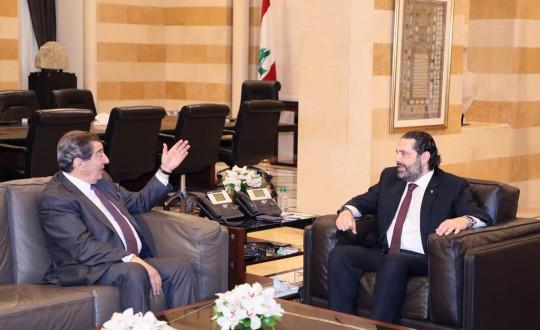 الفرزلي بعد لقائه الحريري: ستتم المحافظة على حقوق اللبنانيين المكتسبة ولن يؤخذ أي شيء منها