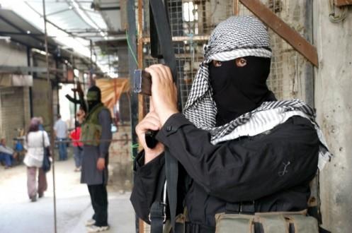 مراسل ملحق: إستنفار مسلح داخل عين الحلوة