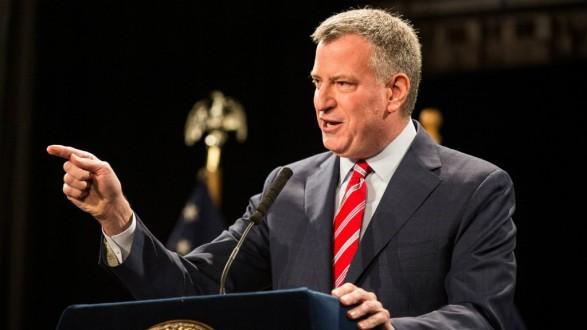عمدة نيويورك يعلن ترشحه لانتخابات الرئاسة الأميركية المقبلة