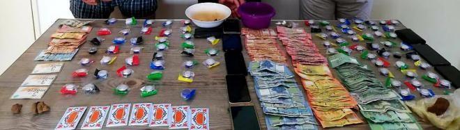 المعلومات توقف شقيقان يستخدمان شقتين لترويج المخدرات في حي السلم والمريجة