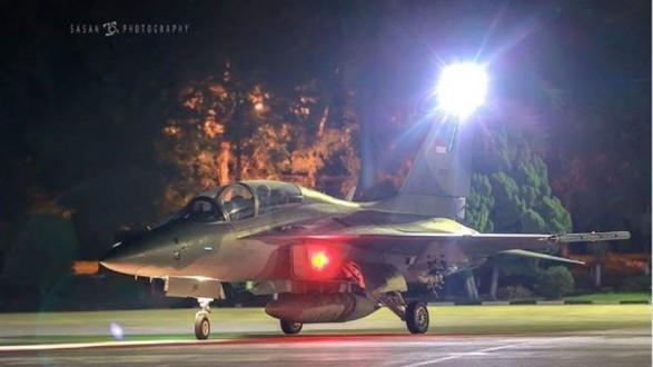 طائرات حربية لإيقاظ الصائمين للسحور في رمضان!