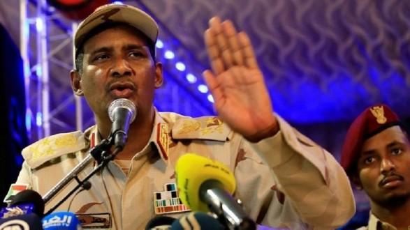 نائب رئيس المجلس العسكري السوداني: رفضت أوامر البشير بقمع الحراك الشعبي بالقوة المسلحة