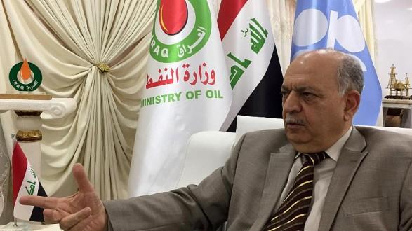 """وزير النفط العراقي يطالب """"إكسون موبيل"""" بإعادة موظفيها فورا إلى حقل """"القرنة"""""""