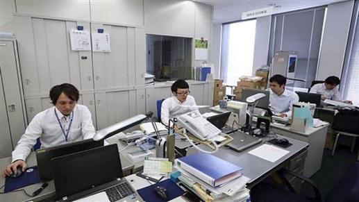 موظّفون يمتنعون عن استخدام مكيّفات الهواء
