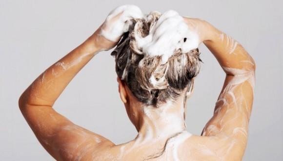 بالفيديو.. إبتكار غسالة أوتوماتيكية لغسل الشعر !