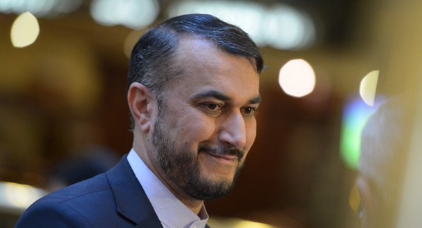 عبد اللهيان: ولي العهد السعودي ينقل رسائل لإيران من ترامب