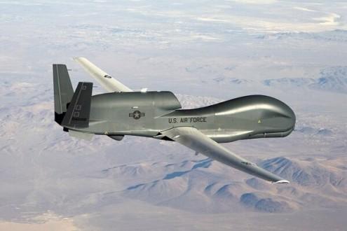 الحرس الثوري: الطائرة الاميركية المسيرة أسقطت بعد دخولها اجواء البلاد