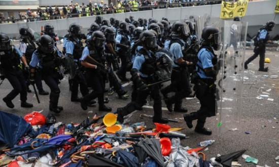 Street protesters dig in for Hong Kong's 'last battle'