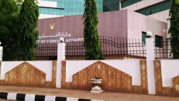 الخارجية السودانية تستدعي السفير البريطاني في الخرطوم