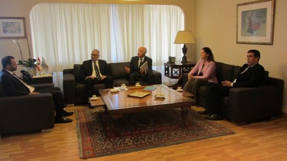 وزير الثقافة عرض مع وفد من اليونسكو إمكانية انضمام لبنان الى اتفاقية يونيدروا