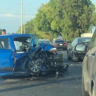 مقتل شخص إثر تدهور سيارة على أوتوستراد شكا البترون