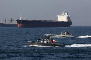 مسؤول في البنتاغون: نعتقد أن إيران احتجزت ناقلة النفط التي اختفت أثناء عبورها مضيق هرمز