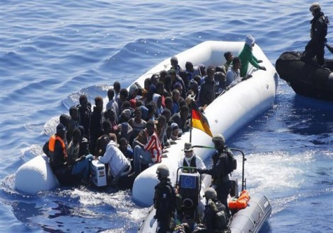انقاذ 53 مهاجرا غير شرعي قبالة سواحل ليبيا