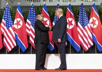 1200px-Kim_and_Trump_shaking_hands_at_the_red_carpet_during_the_DPRK–USA_Singapore_Summit