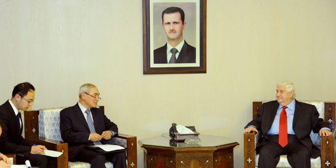 المعلم يبحث والمبعوث الصيني الأوضاع في سوريا وأمن وإستقرار المنطقة والعالم