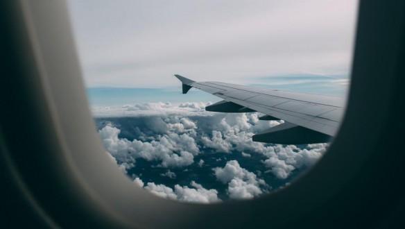 وفاة حاجة لبنانية في الطائرة في طريق عودتها الى لبنان.. اليكم التفاصيل