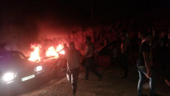 قطع طريق عشاش- حيلان لمنع مرور النفايات إلى تربل
