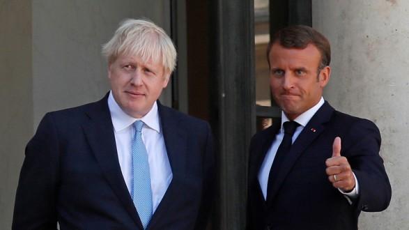 جونسون من باريس: لن نقيم نقاطا حدودية مع إيرلندا