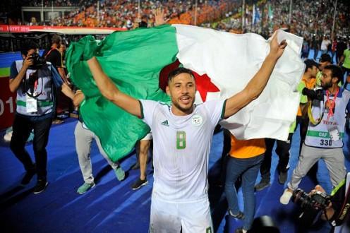 الجزائري بلايلي مطلوب في أوروبا