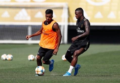 ضربة موجعة لريال مدريد بإصابة وافده الجديد