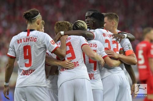 لايبزيغ يكتسح يونيون برلين بأربعة أهداف دون رد في الدوري الألماني