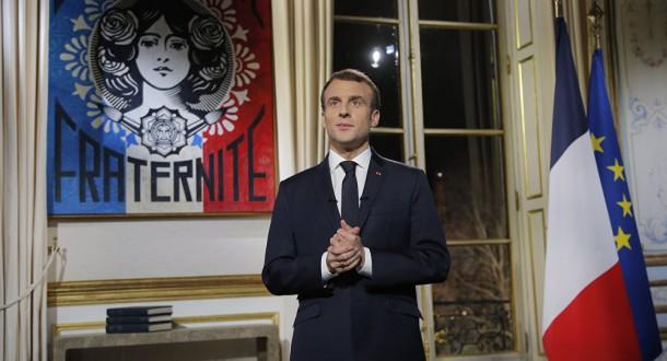 ماكرون يعرب عن ثقته في قدرة تونس على متابعة طريق الديمقراطية