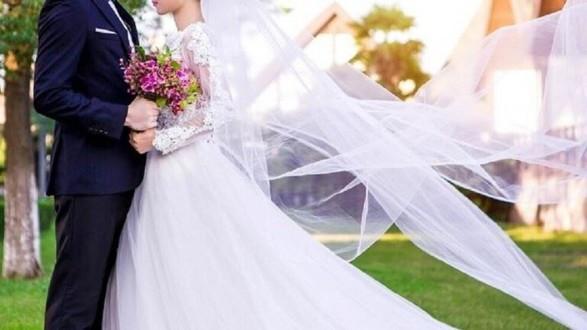 بعد يومين من زواجه رفع دعوى قضائية لفسخ عقد الزواج