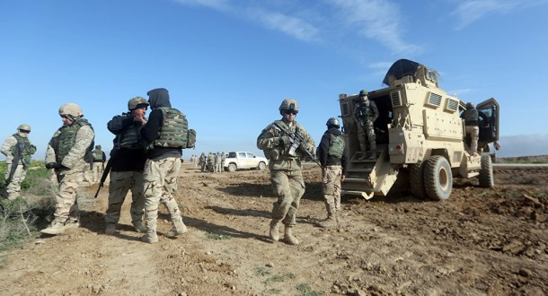 الدفاع العراقية تعلن سقوط 17 صاروخا قرب قاعدة عسكرية تتمركز فيها قوات أميركية