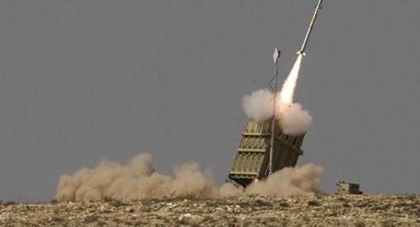 الجيش الإسرائيلي: تم رصد خمسة صواريخ من قطاع غزة اعترضت القبة اثنين منهم