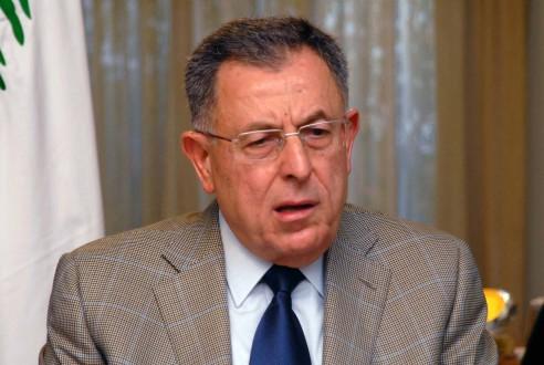 السنيورة: الالتفاف على الاستشارات النيابية مخالف للدستور