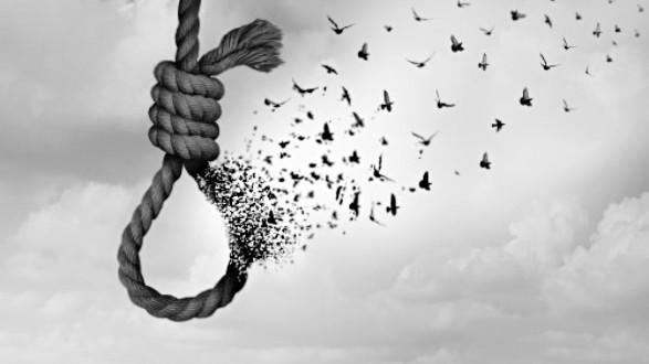 في عرسال.. دين بـ 700 ألف ليرة دفعه إلى الإنتحار!