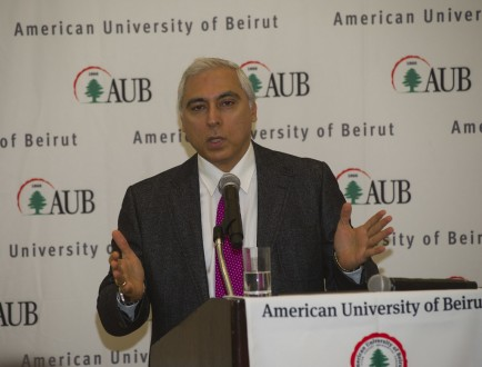 استقالة الدكتور محمد الصايغ من منصبه في الجامعة الأميركية بعد سنوات من العطاء