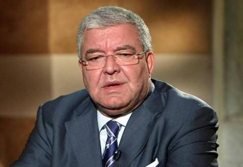المشنوق: لن أشارك في الإستشارات النيابية يوم الإثنين إحتراماً لإرادة أهالي بيروت