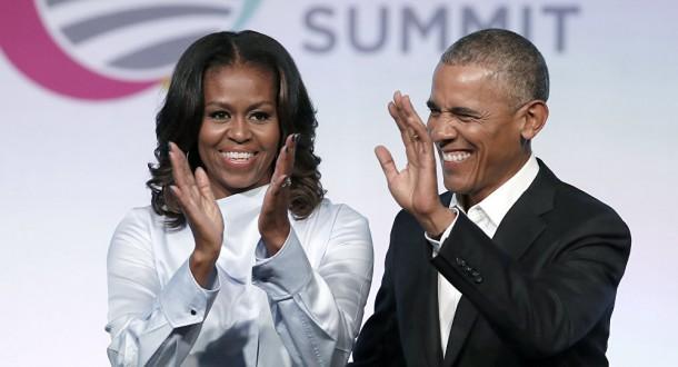 بأحضان وقبلات… أوباما يحتفل بعيد ميلاد زوجته ويصفها بالنجمة