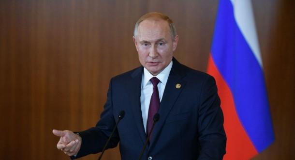 الكرملين يعلن مشاركة بوتين في مؤتمر السلام بليبيا في برلين الأحد