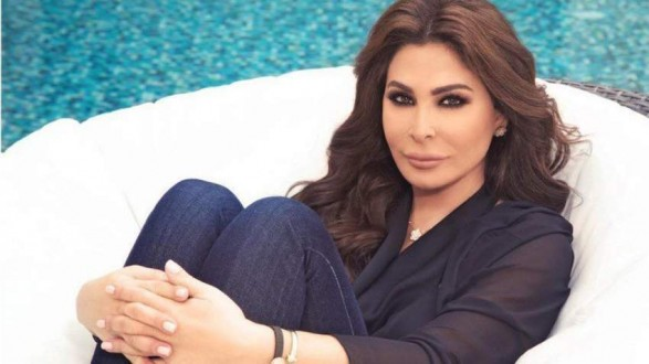 اليسا للأقباط المصريين: كلني أمل تكون هالمناسبة مليانة فرح