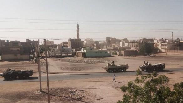 وزير الإعلام السوداني: القوات المسلحة والقوات النظامية قادرة على حسم التمرد