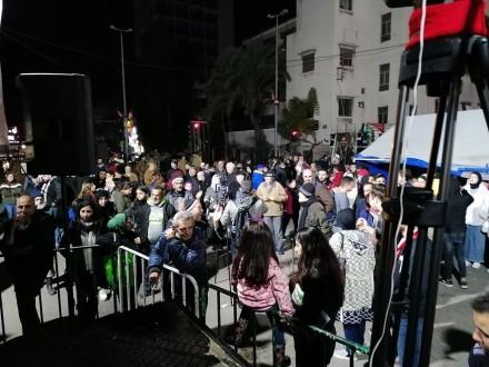 تجمع للمحتجين في ساحة ايليا وإستمرار إقفال طريق التقاطع